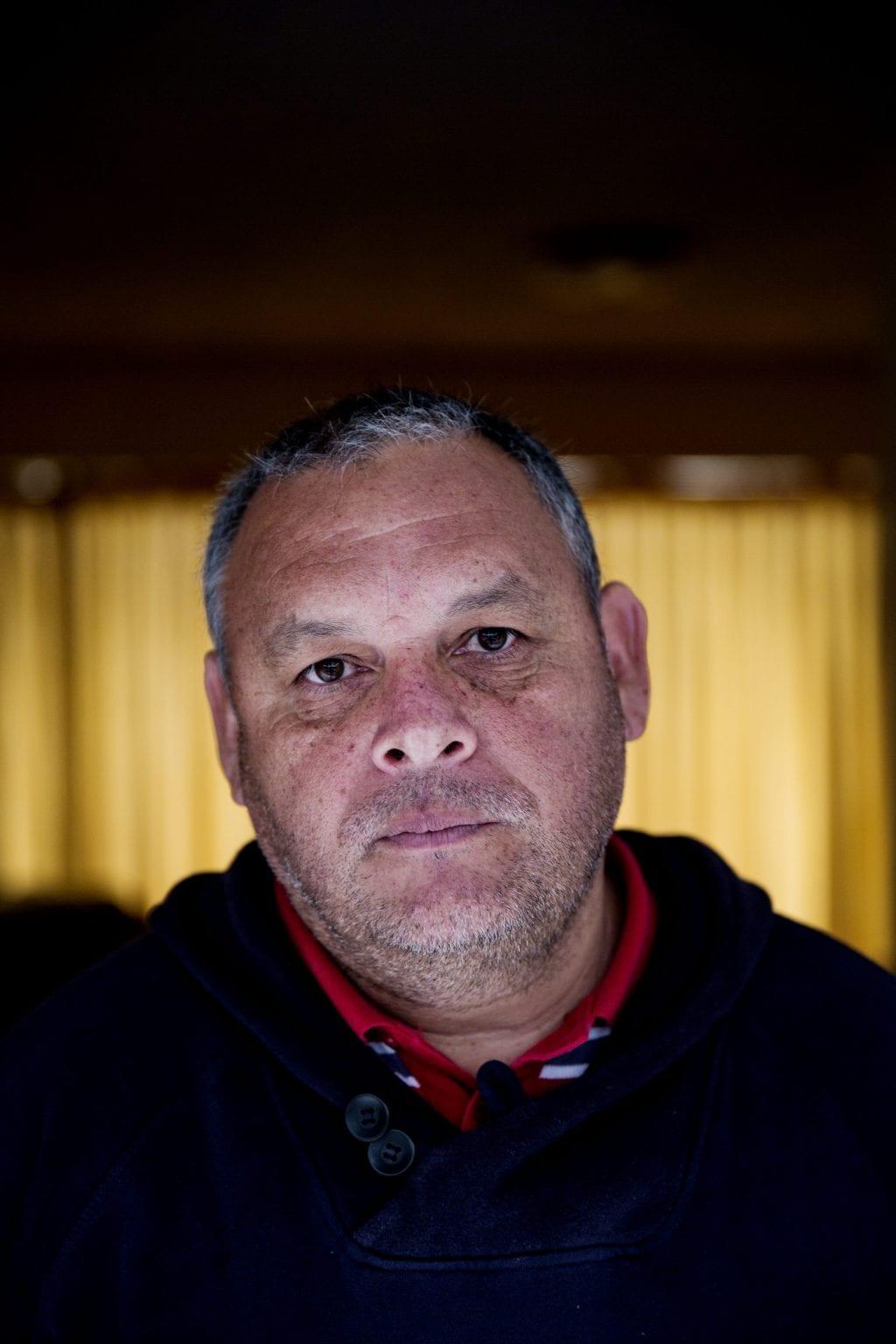 """Aktivist for vandrettigheder, Rodrigo Mundaca, modtog dødstrusler i kølvandet på Danwatchs undersøgelse. Han vil dog ikke trække sine udtalelser tilbage på trods af truslerne: """"Vi har kæmpet for chilenernes ret til vand, og det fortsætter vi med""""."""