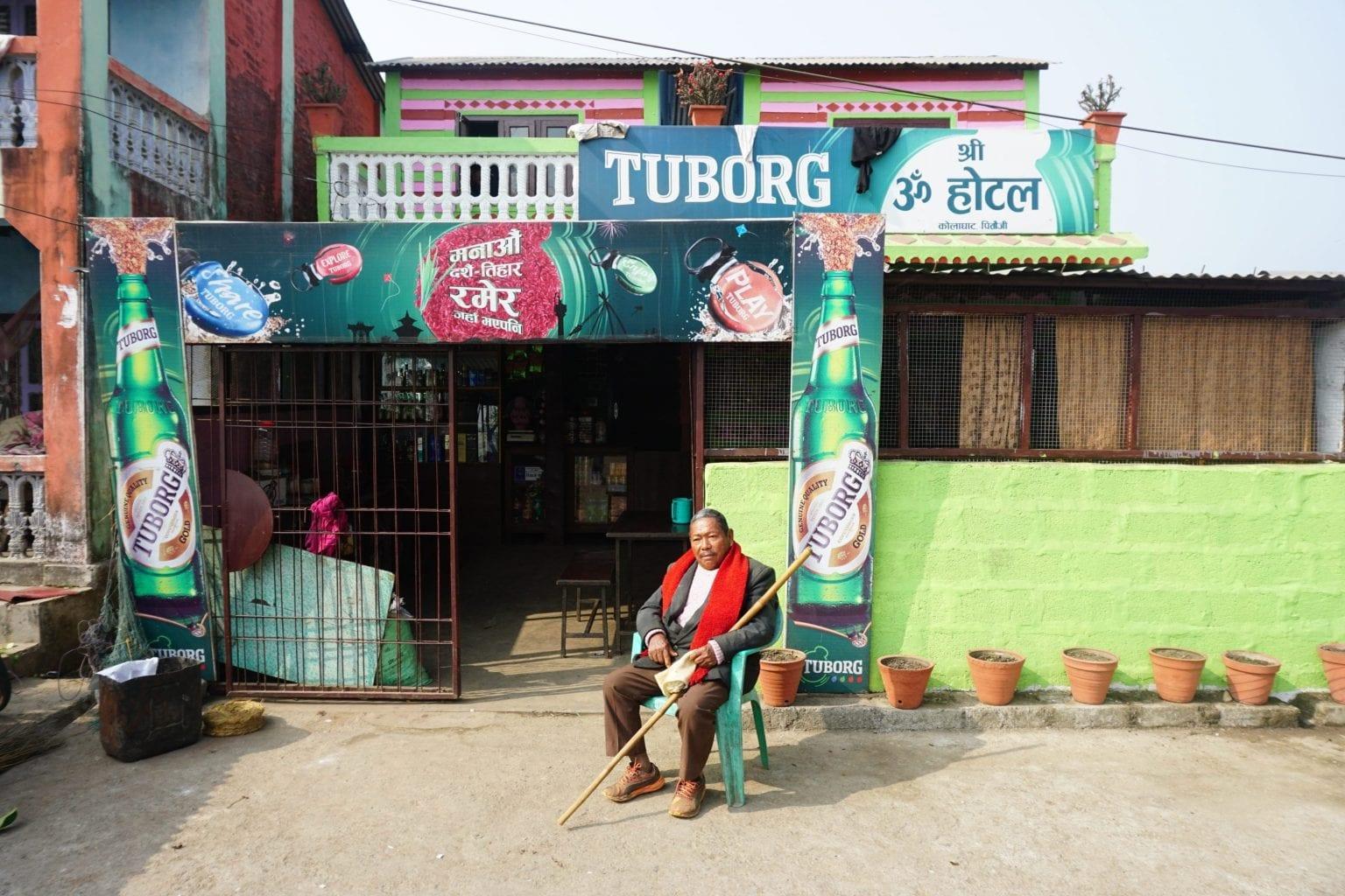 Carlsberg dominerer ølmarkedet i Nepal. Det gør de også i Pitaunji, landsbyen der huser Carlsbergs bryggeri.