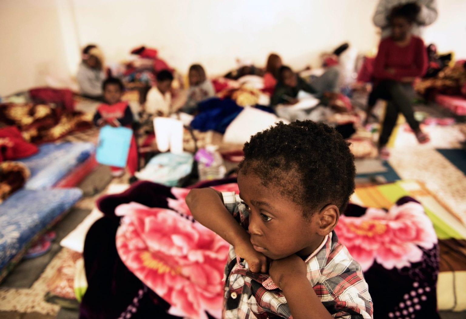 60 kvinder, 20 børn og 115 mænd blev tilbageholdt i dette fængsel d. 29 januar 2017, da UNICEF besøgte det.  Foto: UNICEF
