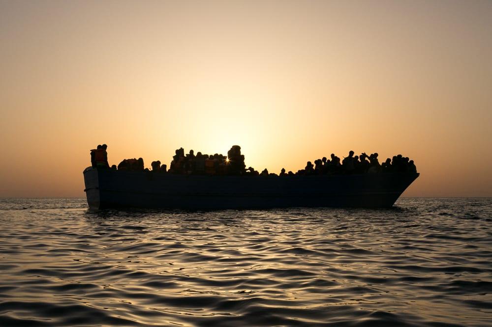 Både den Europæiske Menneskeretsdomstol, FN og en lang række menneskeretsorganisationer mener, at det er ulovligt at tvinge migranter tilbage til et Libyen, hvor de risikerer alvorlige overgreb. Foto: Seawatch