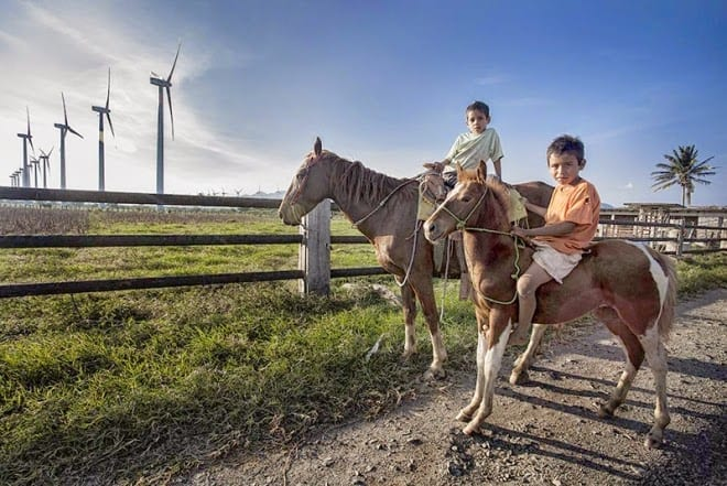 I mere end syv år har repræsentanter for de oprindelige folk i Oaxaca kæmpet for at stoppe de danske vindmøller. Men uden held. Foto: SIPAS.org