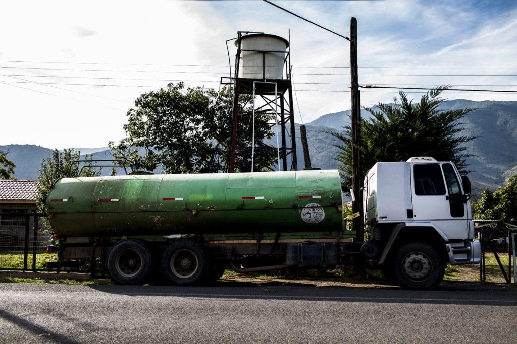 Befolkningen i Chile har ret til 50 liter vand hver dag, som de skal bruge til drikkevand, madlavning og personlig hygiejne. Under Covid19 er det ikke nok, vurderer FN-ekspert, der har bedt regeringen om en forklaring.