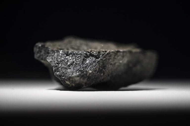 Udover de sjældne jordarter vil Greenland Minerals udvinde en stor del uran fra klipperne. Foto: Flickr.