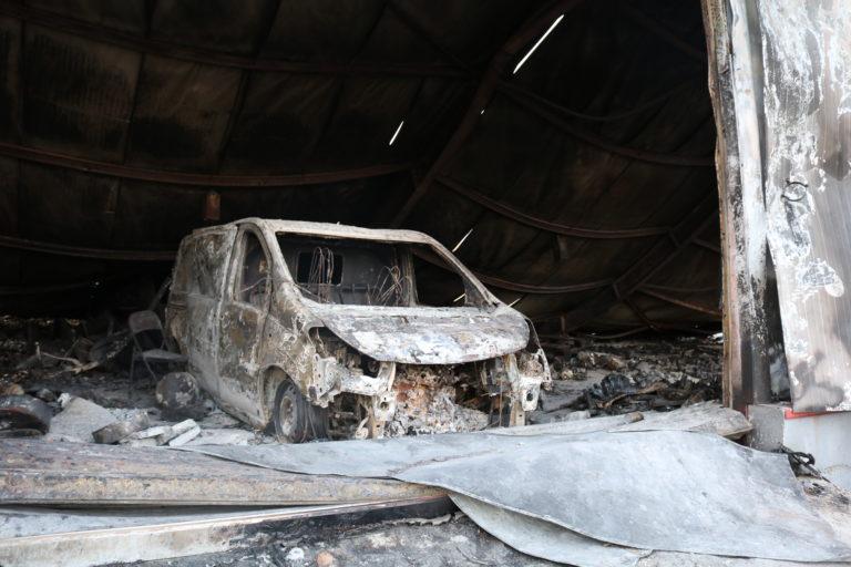 Supermarkedet i den nedbrændte Moria-lejr. Foto: Florian Elabdi.
