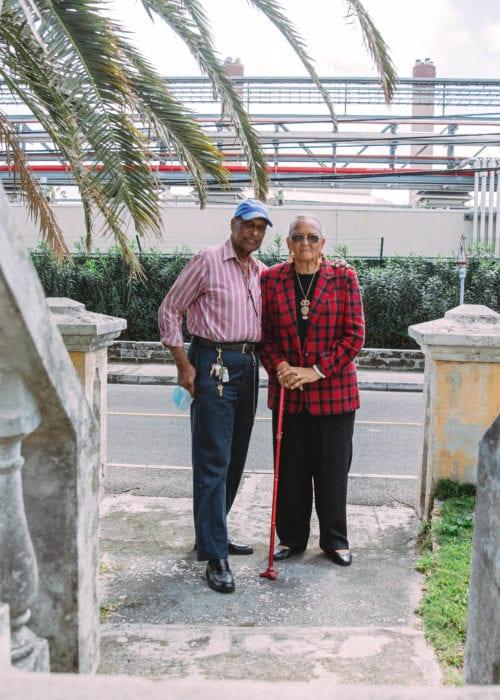 Arthur (80) og Sharon (75) Riviere er stærkt utilfredse med deres nye nabo, det danskstøttede kraftværk der åbnede i april 2020.